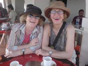 links Veronika, rechts meine Omi